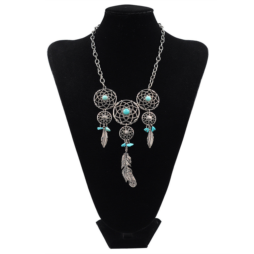 celecte love native coca mika necklace products