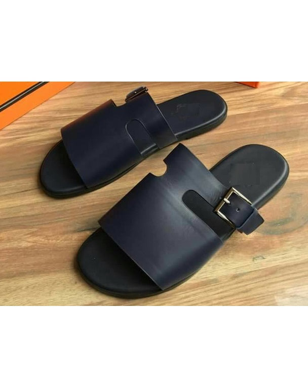 BLACK GOVERNORS T CUT LEATHER SLIPPERS