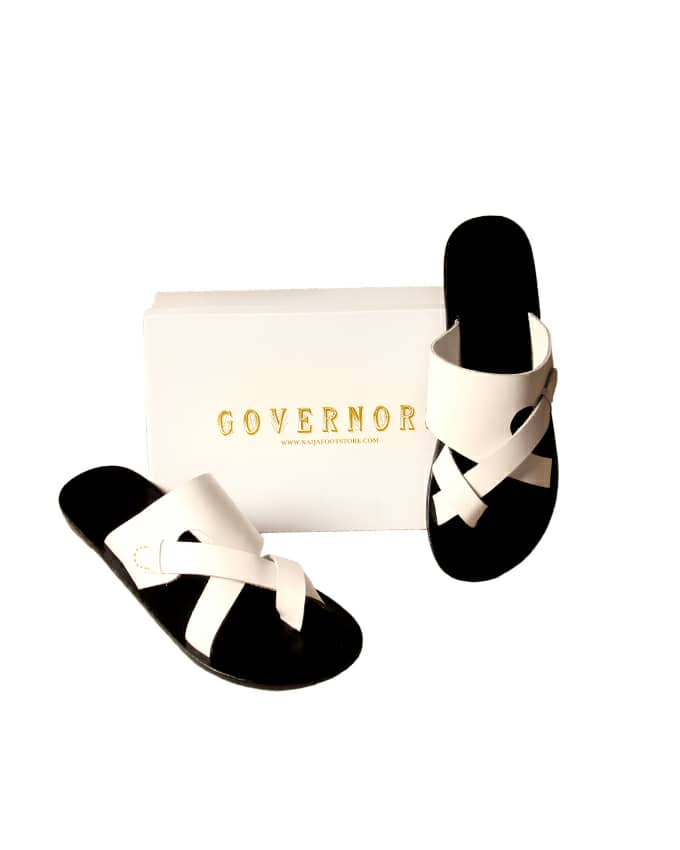 GOVERNORS FIDDLE DESIGN SLIPPERS - WHITE