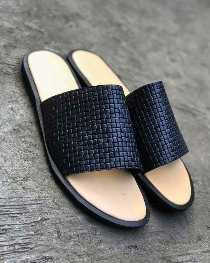 Governors Weaved out Slippers - Black