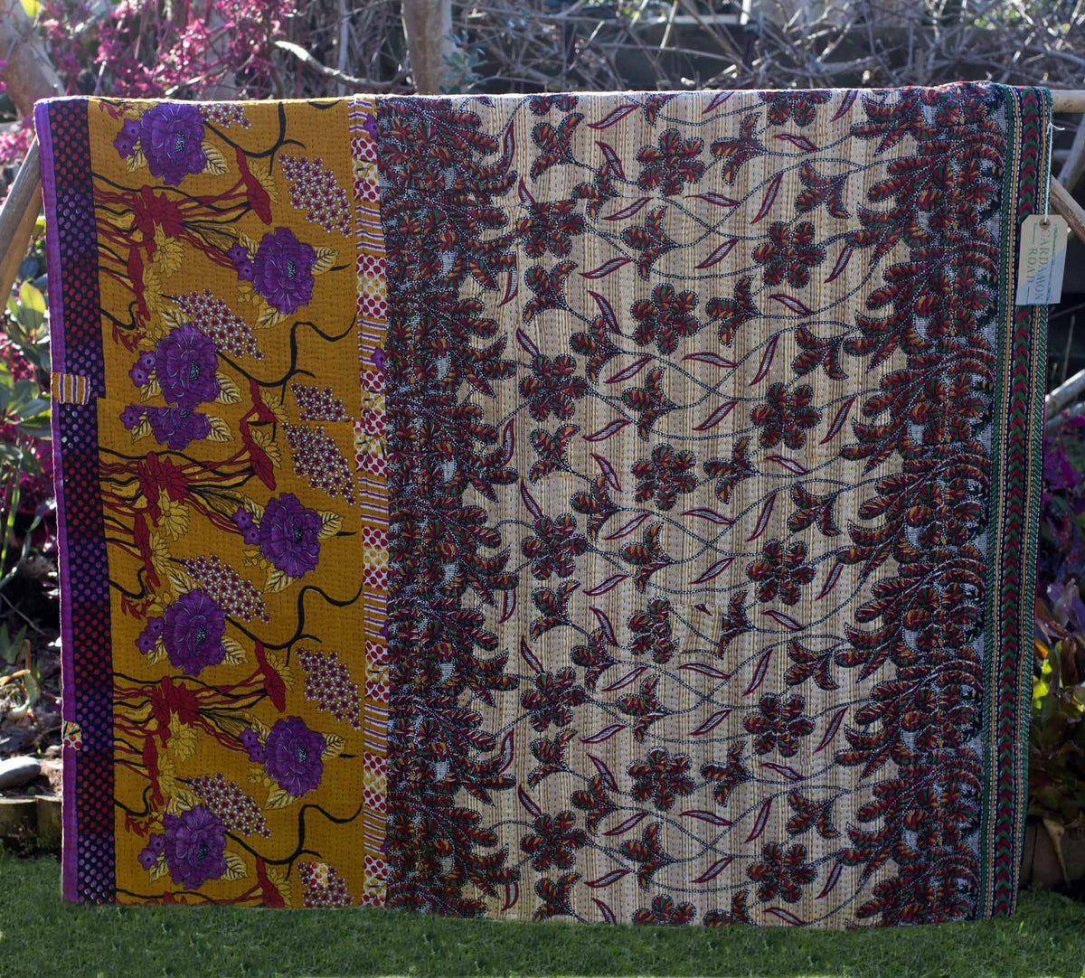 Recycled sari kantha blanket Biva - Medium