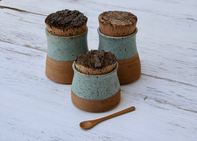 Set of 3 Spice Jars.