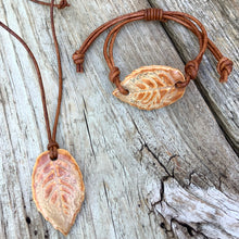 Leaf Pendant & Bracelet Set. (Adjustable)