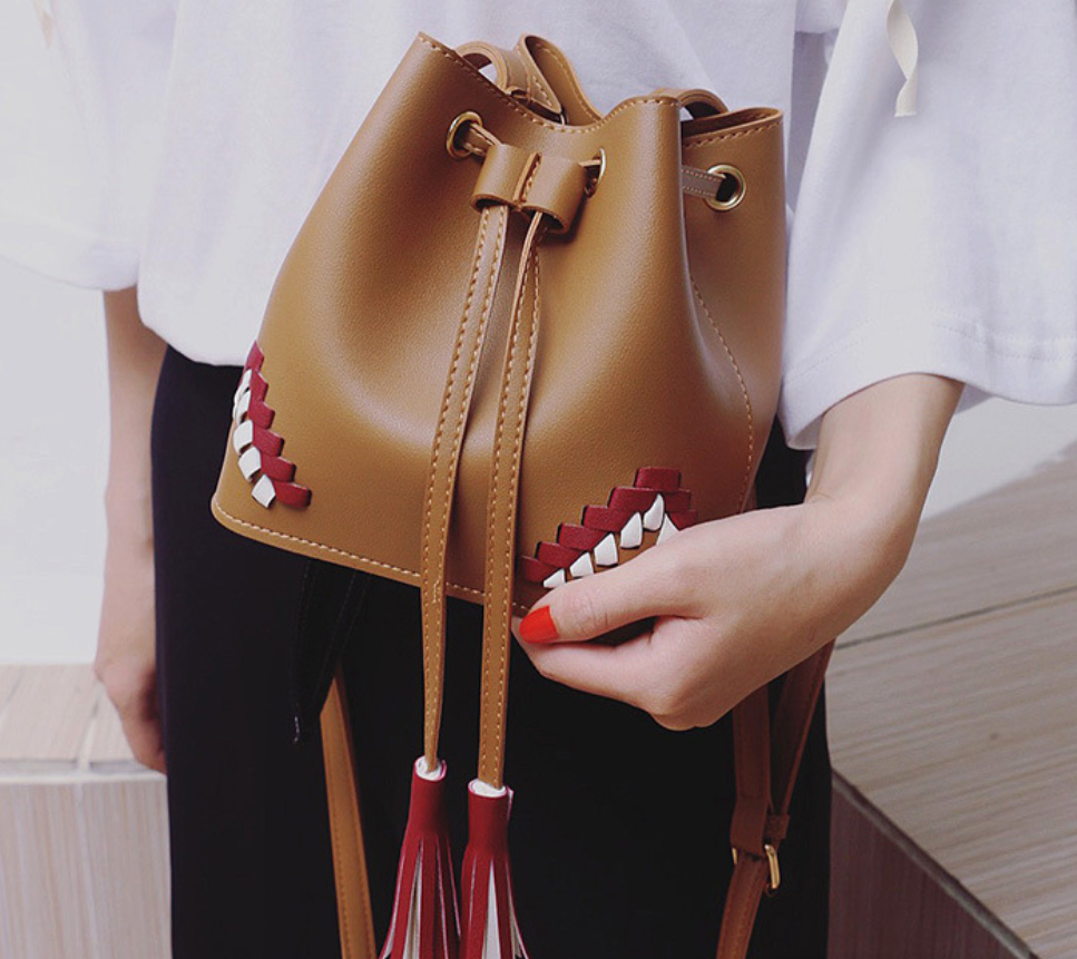 Tassel Bucket Bag
