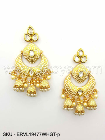 White Vilandi Kundan Earrings