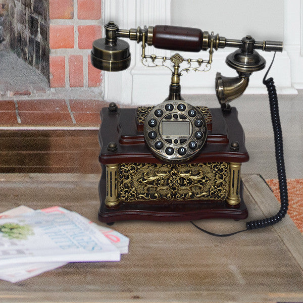 Shawn Vintage Telephone