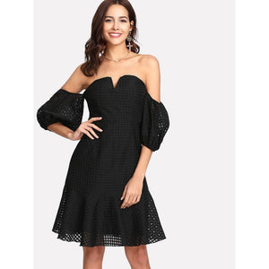 Black Sweetheart Neck Fitted & Flared Bardot Dress