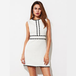 White Contract Scallop Lace Trim Textured Dress