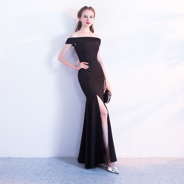 Black Trumpet Boat Neck Slim Dress