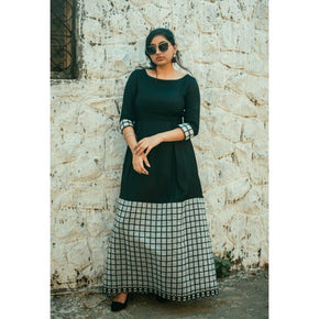 Black Checkered Three Quarter Sleeves Gown