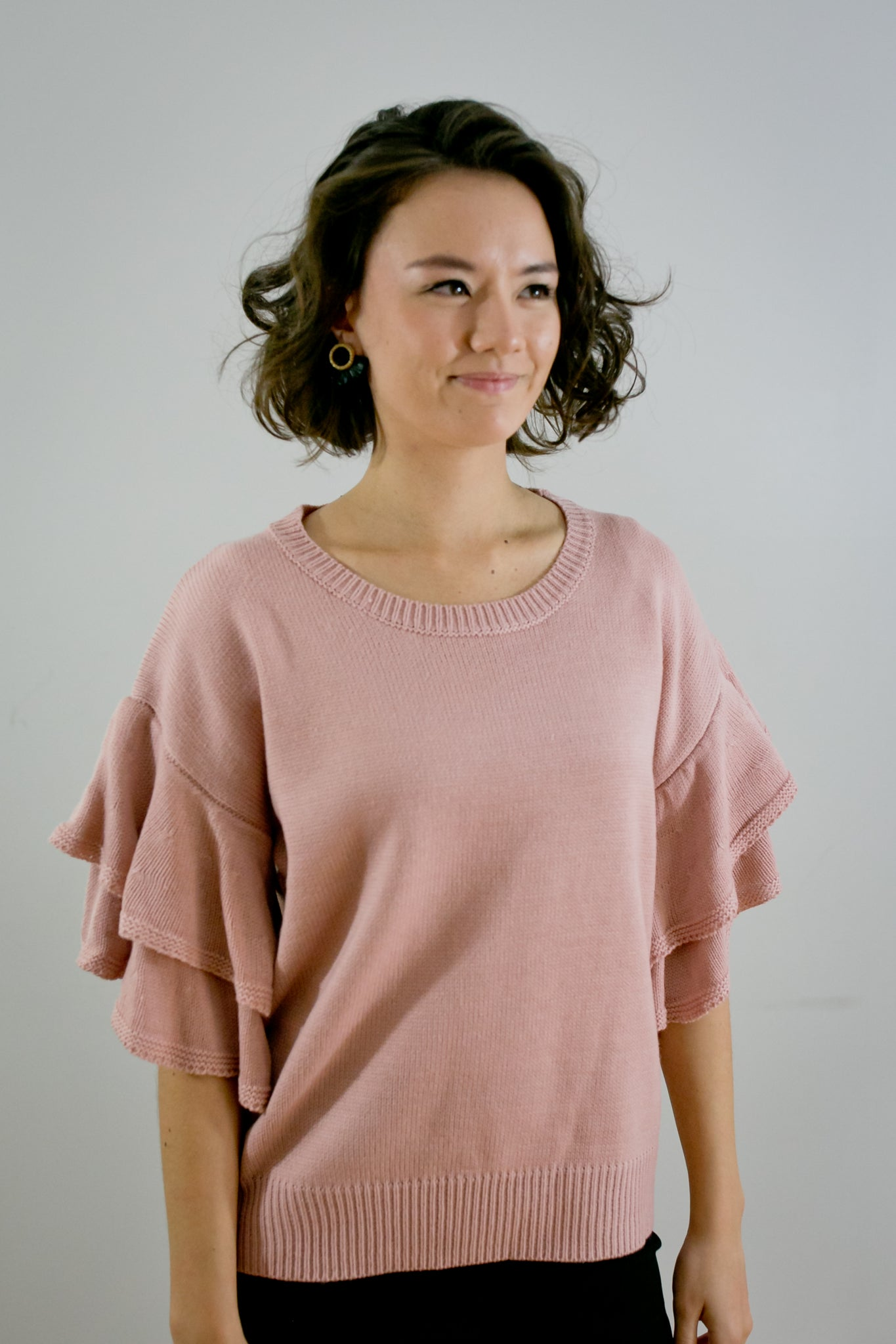 Ruffle Short Sleeve Sweater - Pink