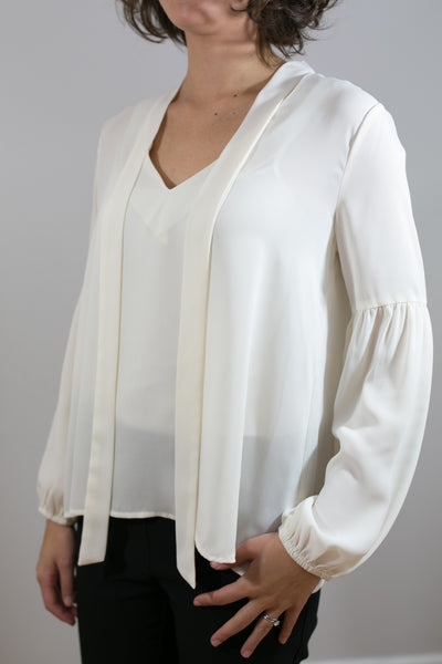Tie Front & Puff Sleeve Top