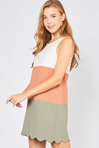 Colorblock Scallop Hem Dress