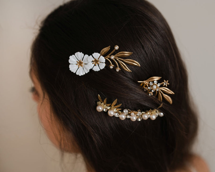 Black and gold vintage flower hair comb with ivory pearls and crystals