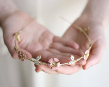 wedding leaves crown in gold, pink pastel flower boho brode minimalist