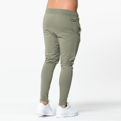 Level 1 Essential Joggers in olive