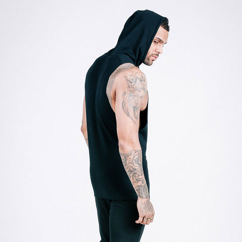 machine fitness Flow Cut-Off Hoodie in Black