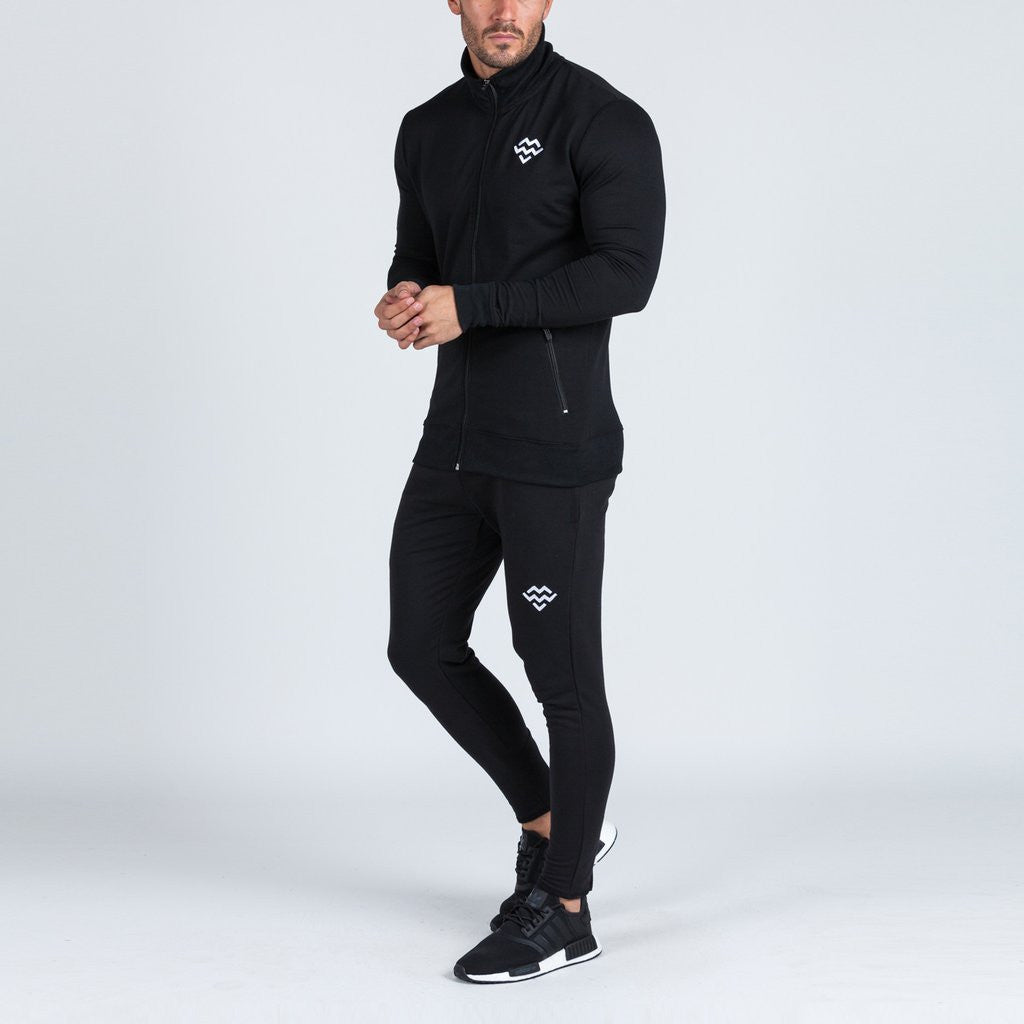 Intensity jacket by machine fitness in black