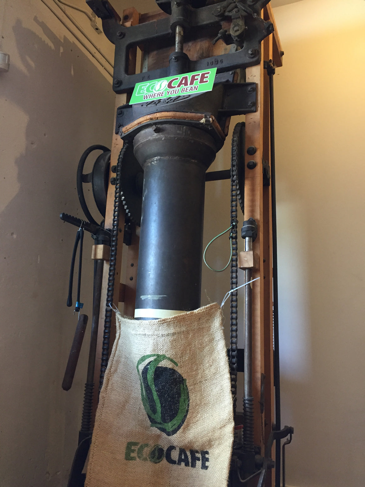 Coffee baging historic equipment
