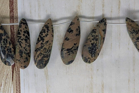 Dalmatian Jasper 25x10mm Faceted Pear Shaped Briolettes
