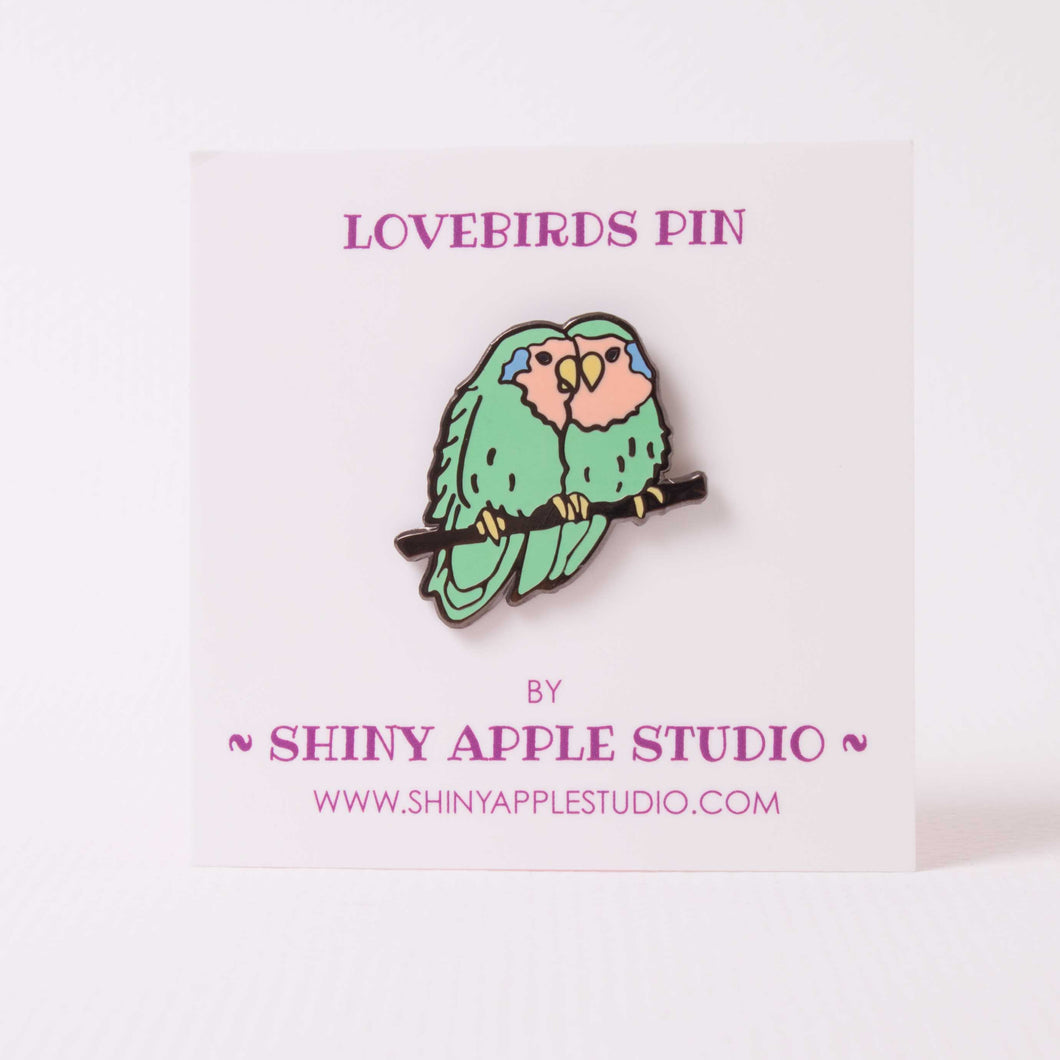 Lovebirds Enamel Pin