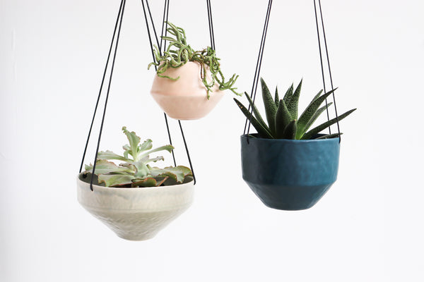 Pinched Hanging Planter (Three Sizes in Three Colors)