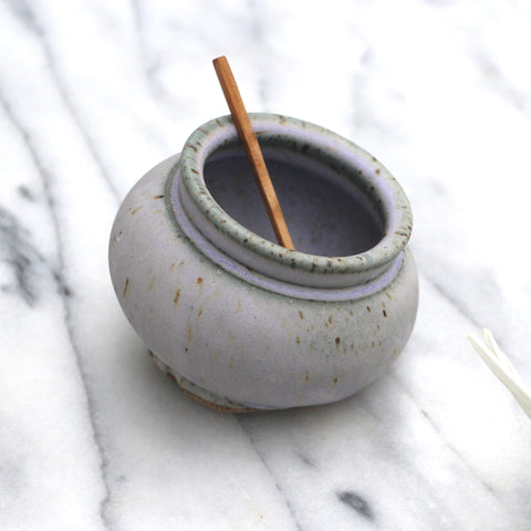 Salt pot (Additional cost for spoon)