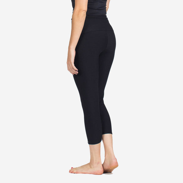 Sample Rack - Perfect Fit Yoga Crops - XL