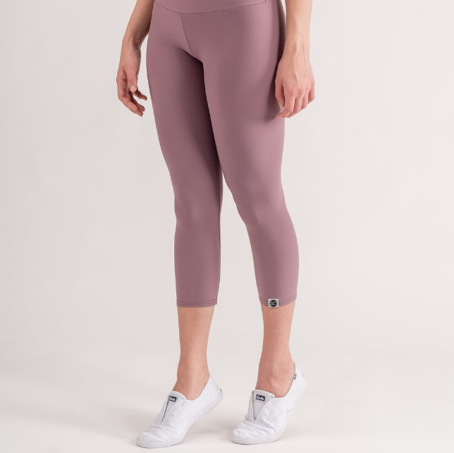 Sample Rack - Perfect Fit Yoga Crops - M