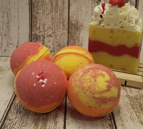 1New - Bonfire Bliss Bath Bomb