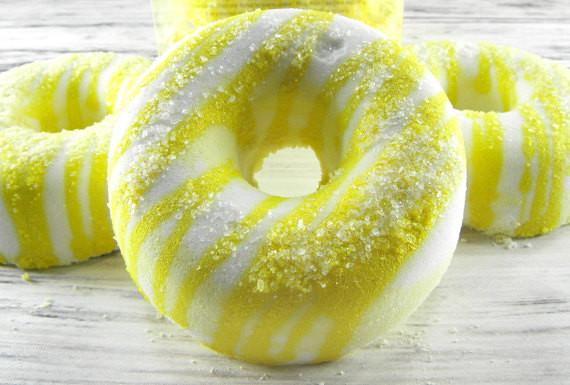 Luxe Emporium Lemon Sugar Donut Bath Bomb by Dandi Creations