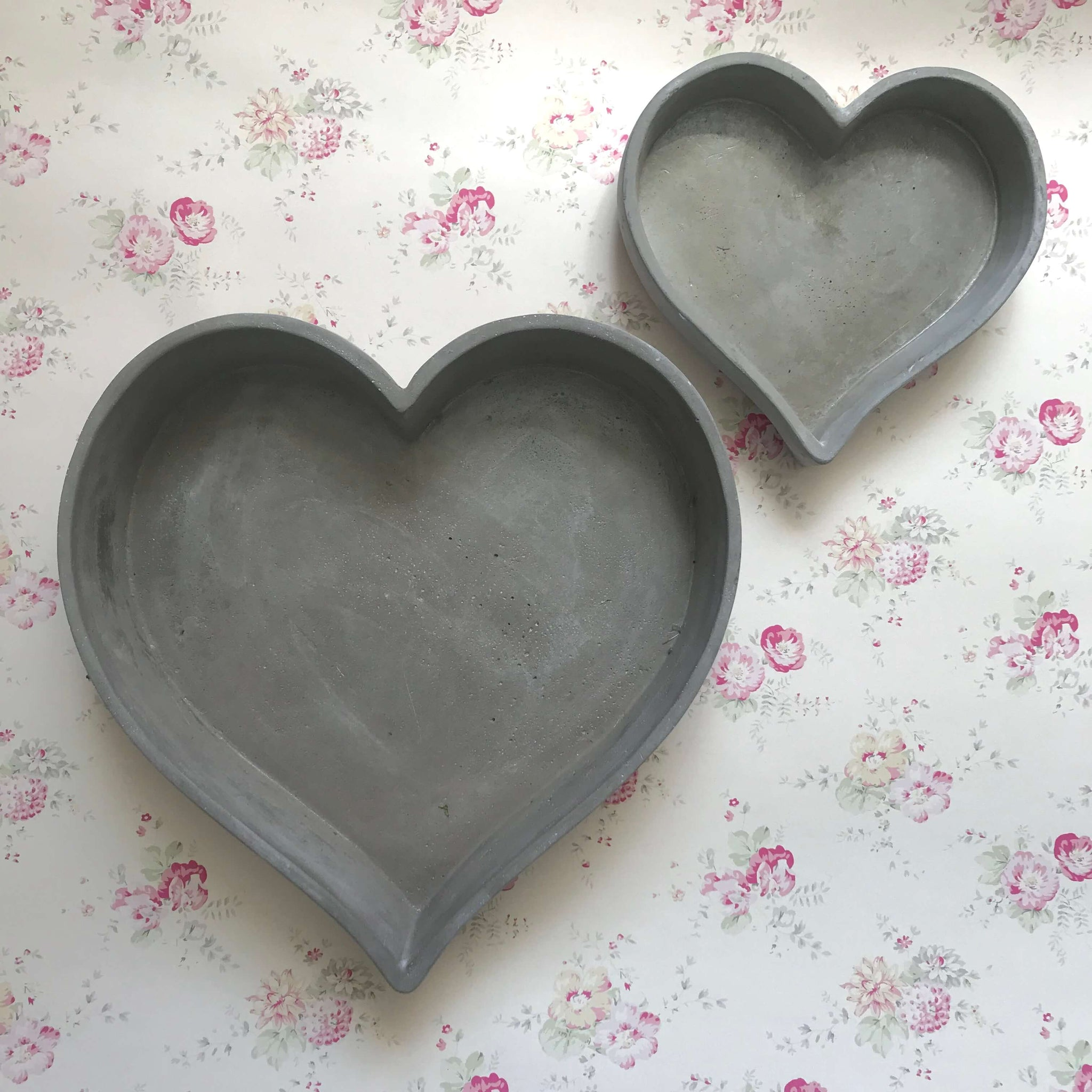Concrete Heart Dishes - Dales Country Interiors