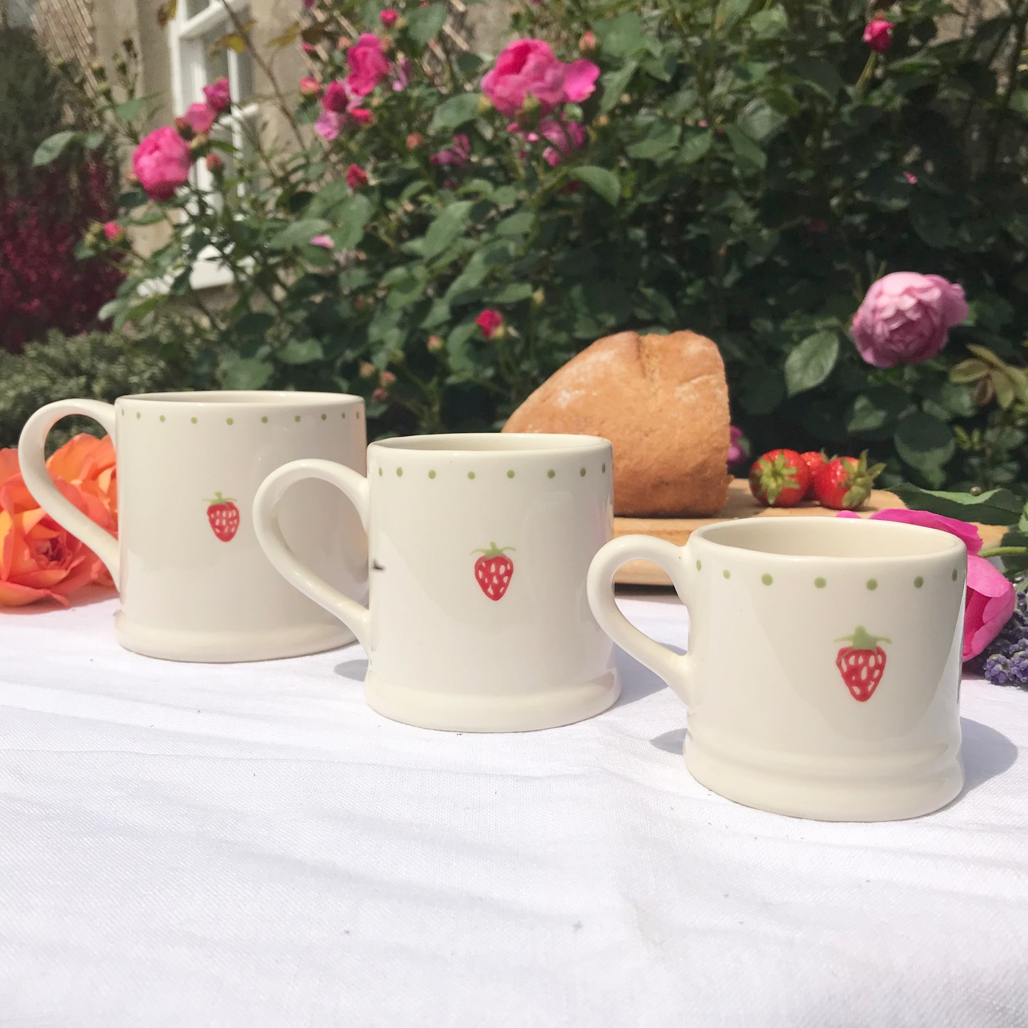 Strawberry Mugs - Dales Country Interiors