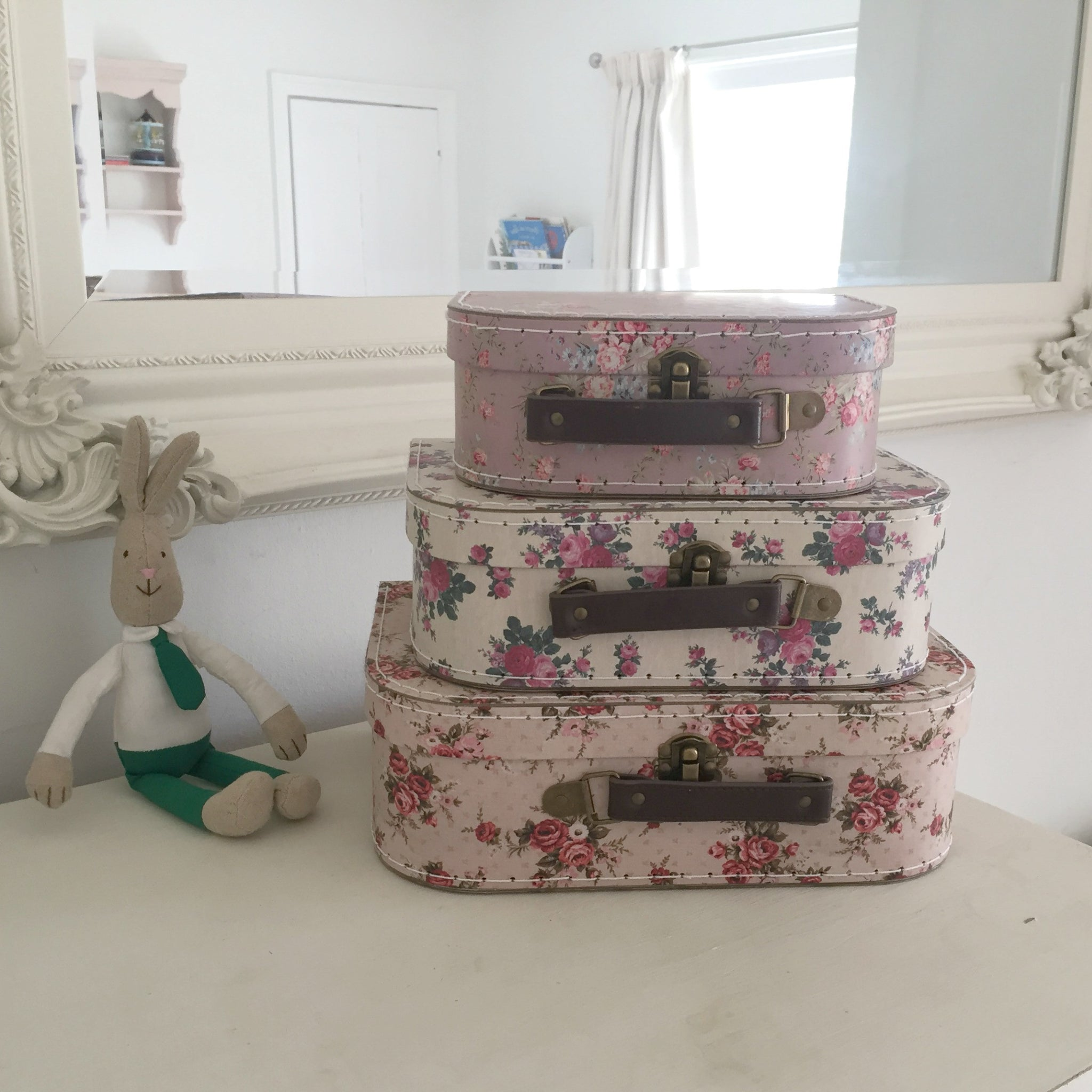 Vintage Rose Suitcases - Dales Country Interiors