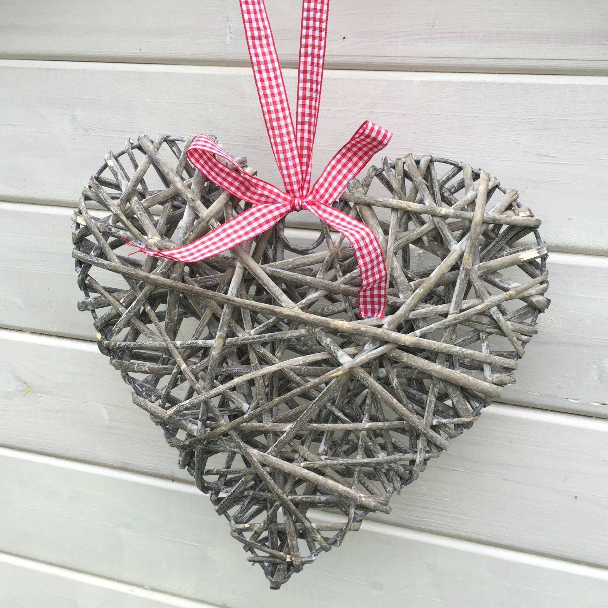 Woven Hanging Hearts - Dales Country Interiors