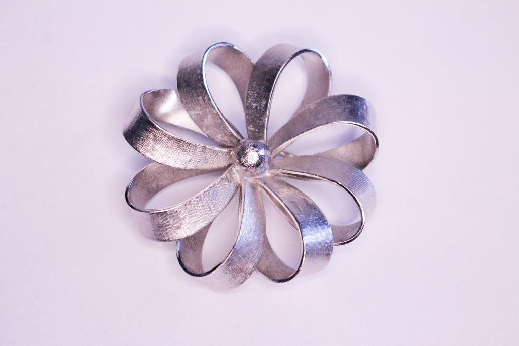 Bouquet Pin