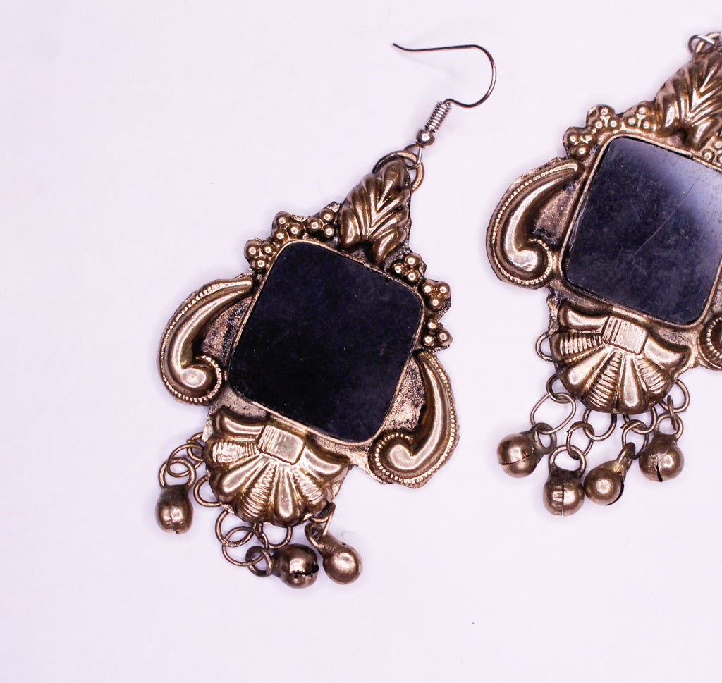 Baroque Black Box Earrings