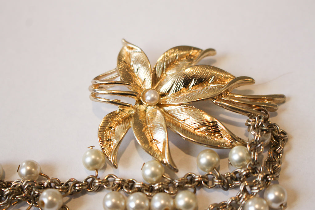Vintage Floral Pin with Pearl Chain