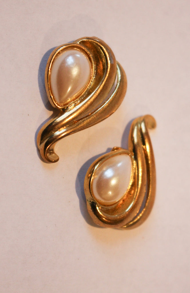 Vintage Pearl Shoe Clips