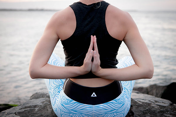 Katie Loftus in Cerulean Seascape Leggings for Apeiron Yoga