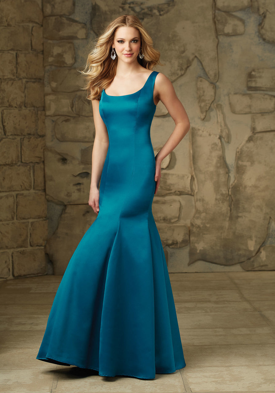 093 U-Back Satin Bridesmaids Dress with Side Zipper. Removable Back Bow
