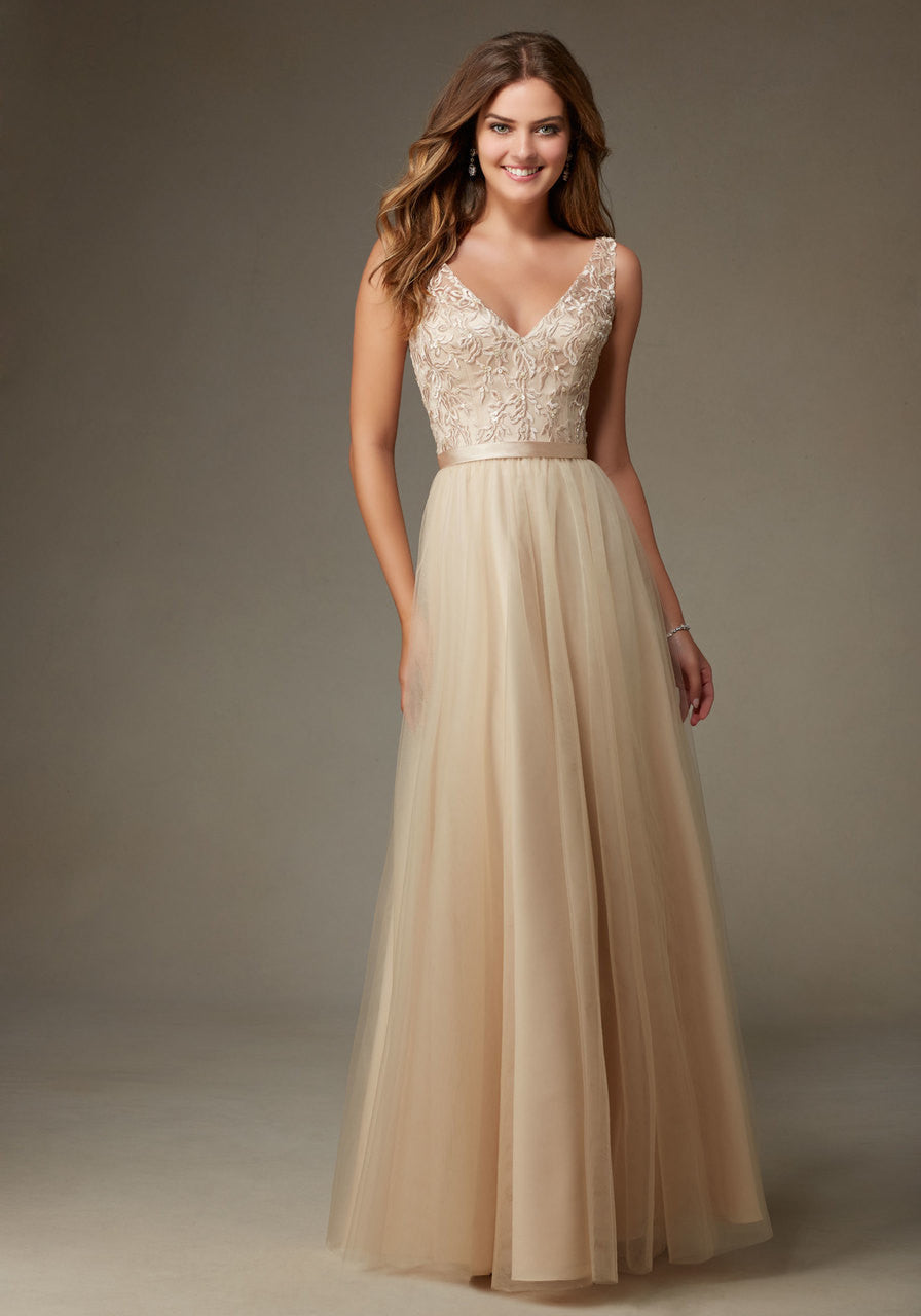 023 Embroidered And Beaded Bodice With V Neck Illusion Straps A Long Tulle Skirt