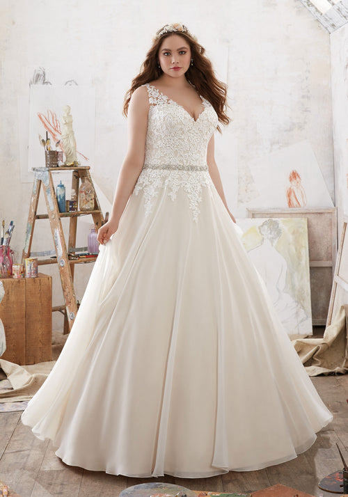 2103 Michelle Wedding Dress
