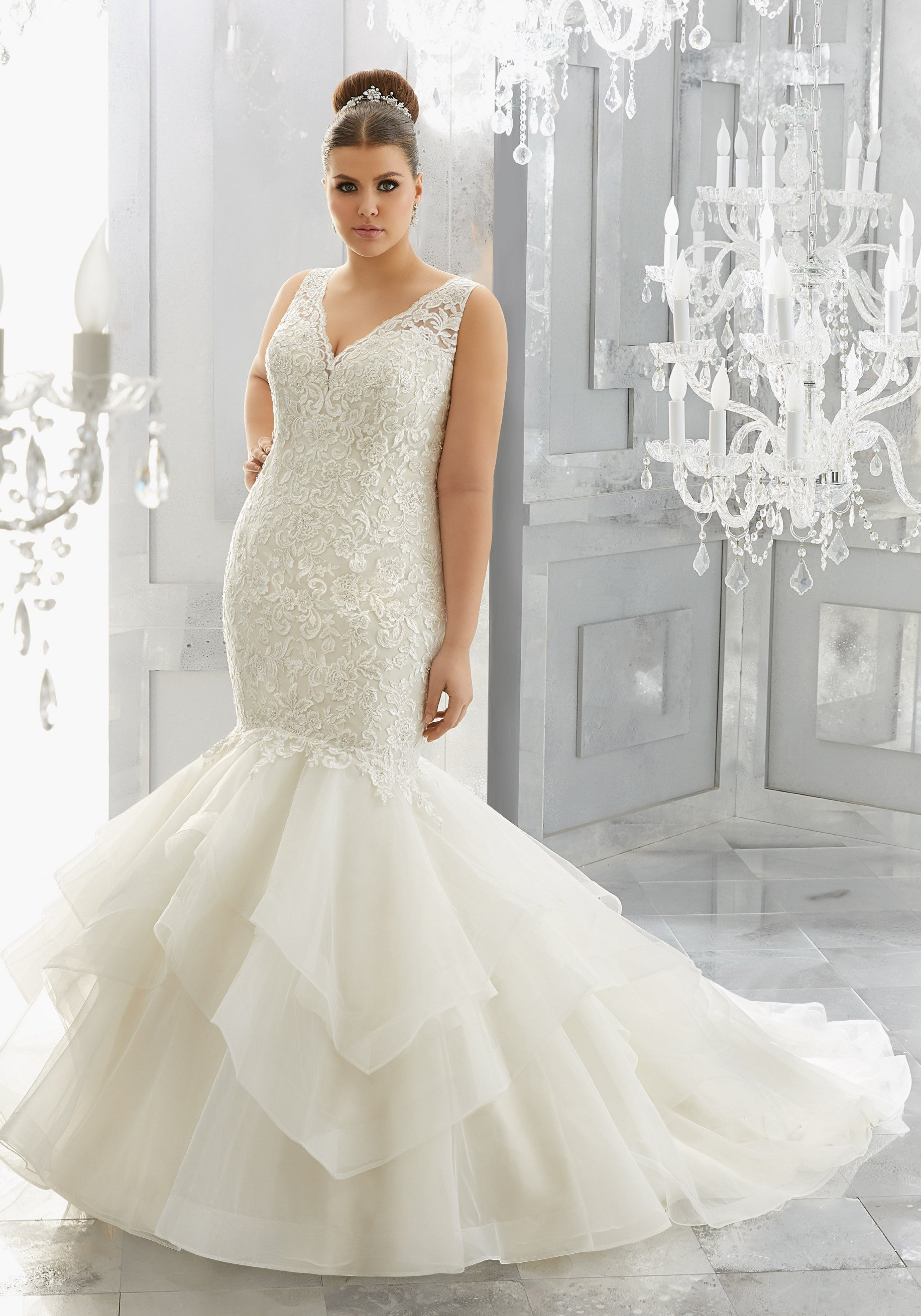 2114 Miliana Wedding Dress