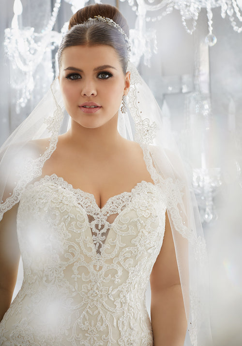 2116 Miriam Wedding Dress