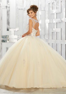 89150 Jewel Beaded Bodice And Skirt Appliques On A Tulle Ball Gown