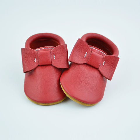 "RTS Classic Red Bow Moccs With Tan Suede Leather Soles - Size 1 (3-6M) (4"")"