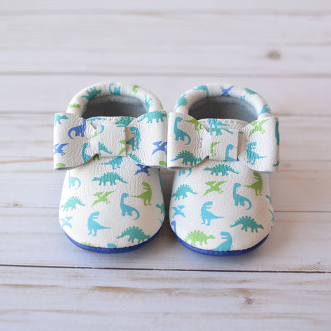 Dinos Bow Moccs