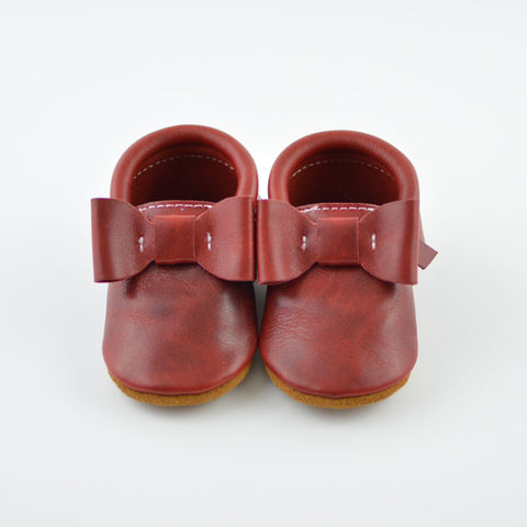 Crimson Red Distressed - Sizes 0-3 - Choose style! Bow Moccs or T-straps