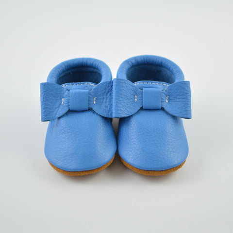 Cool Blue Bow Moccs
